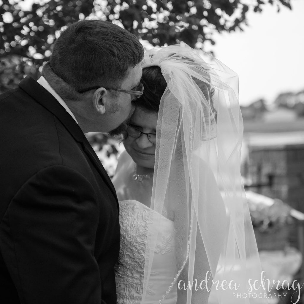 Hutchinson Kansas wedding photographer